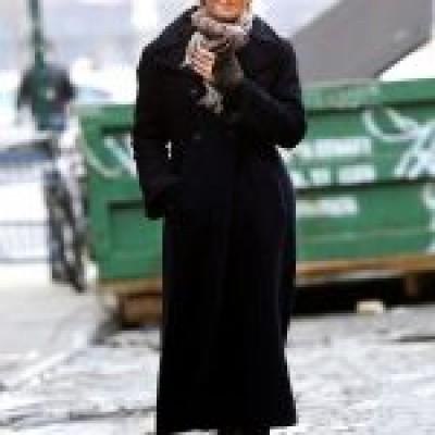 American Actress Street Style Uma Thurman Coat
